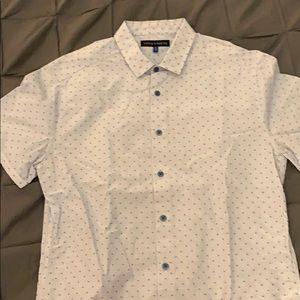 Vince Camuto short sleeve patterned shirt.